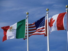 canada_and_mexico_flags