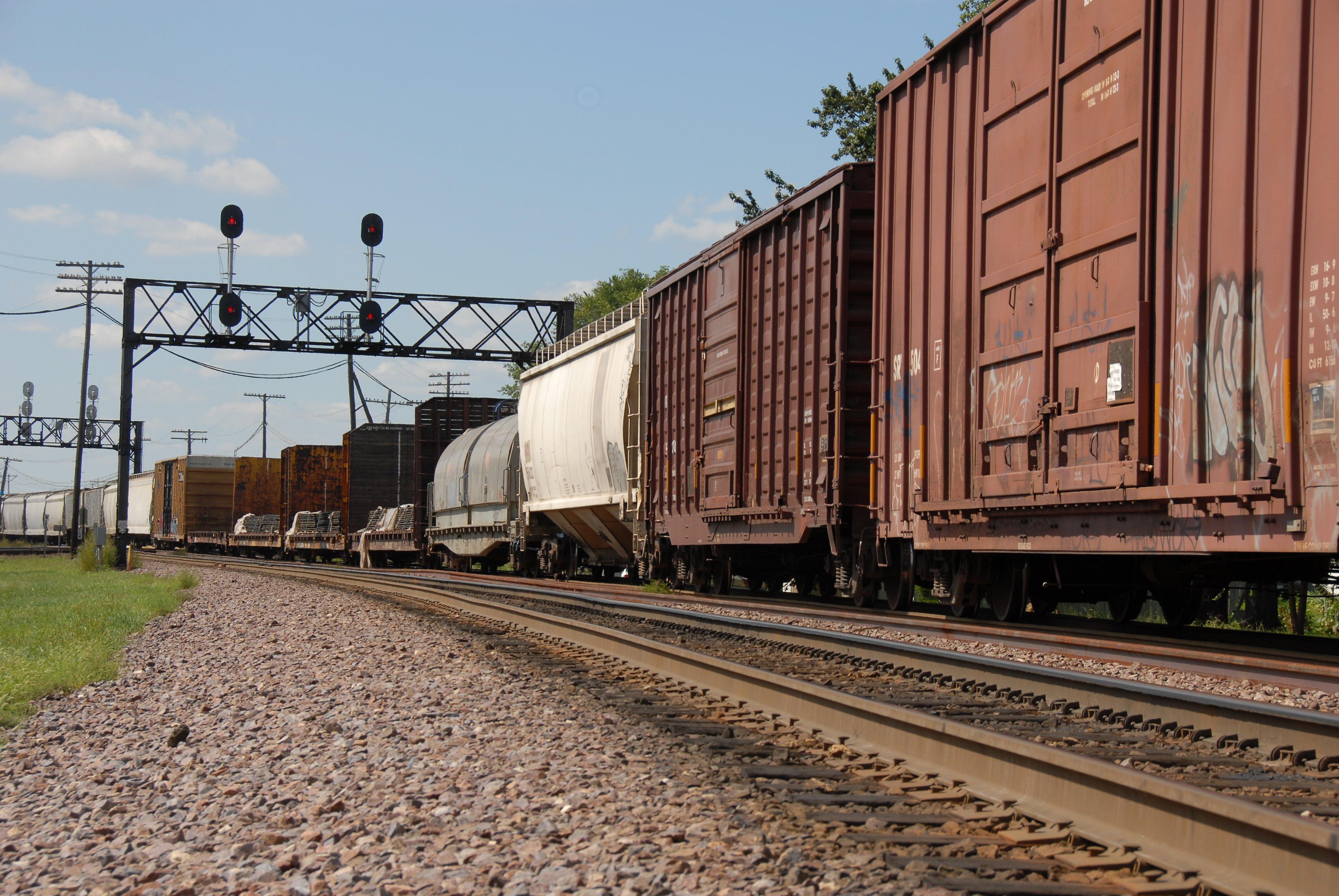 rail freight logistics management services